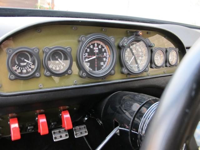 Dodge Challenger Insidious: Zákeřné černé kupé: - fotka 3