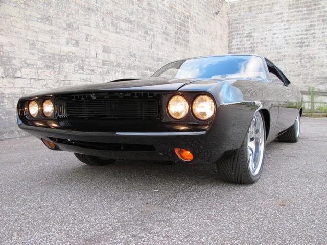 Dodge Challenger Insidious: Zákeřné černé kupé: - fotka 16