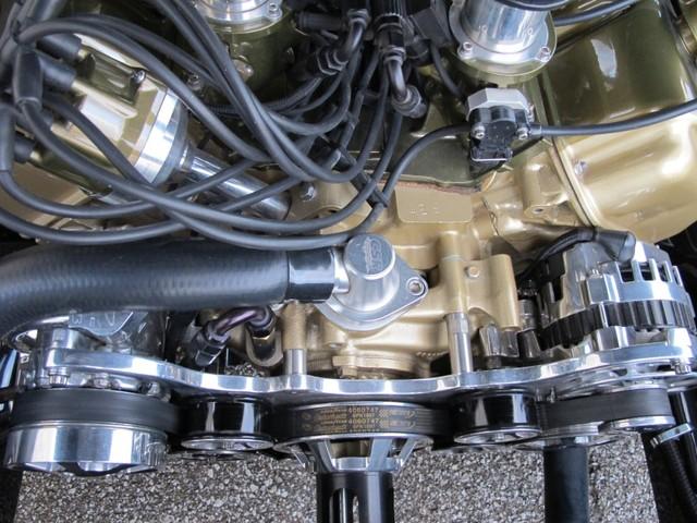 Dodge Challenger Insidious: Zákeřné černé kupé: - fotka 35