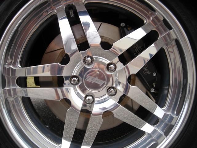 Dodge Challenger Insidious: Zákeřné černé kupé: - fotka 36