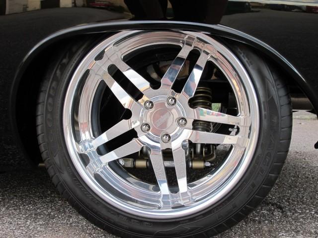 Dodge Challenger Insidious: Zákeřné černé kupé: - fotka 38