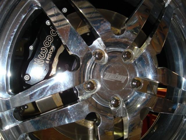 Dodge Challenger Insidious: Zákeřné černé kupé: - fotka 41