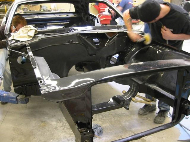 Dodge Challenger Insidious: Zákeřné černé kupé: - fotka 45