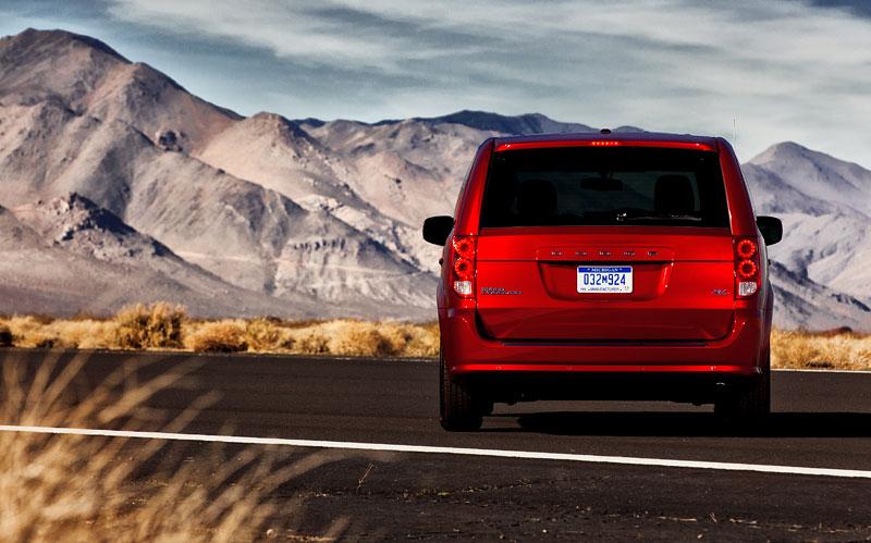 Chicago 2011: Dodge má už pět R/T modelů: - fotka 7