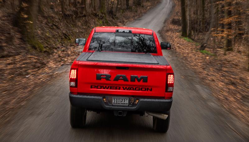 Ram Power Wagon zůstává věrný osmiválci: - fotka 29