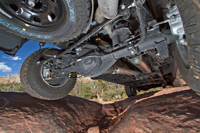 Ram Power Wagon zůstává věrný osmiválci: - fotka 40