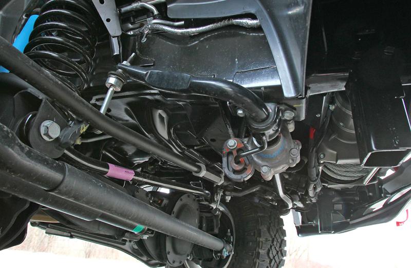 Ram Power Wagon zůstává věrný osmiválci: - fotka 42
