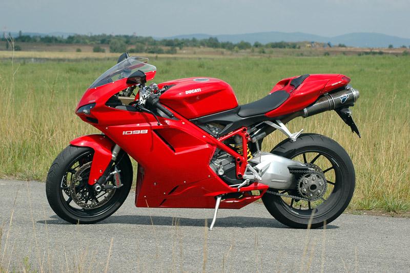 Test - Ducati 1098: kladivo na japonské čarodějnice: - fotka 11