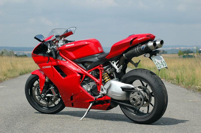 Test - Ducati 1098: kladivo na japonské čarodějnice: - fotka 15