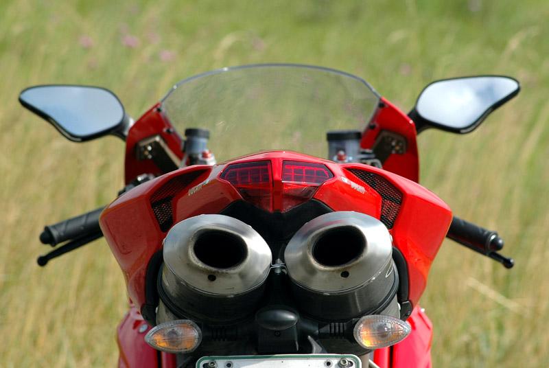 Test - Ducati 1098: kladivo na japonské čarodějnice: - fotka 25