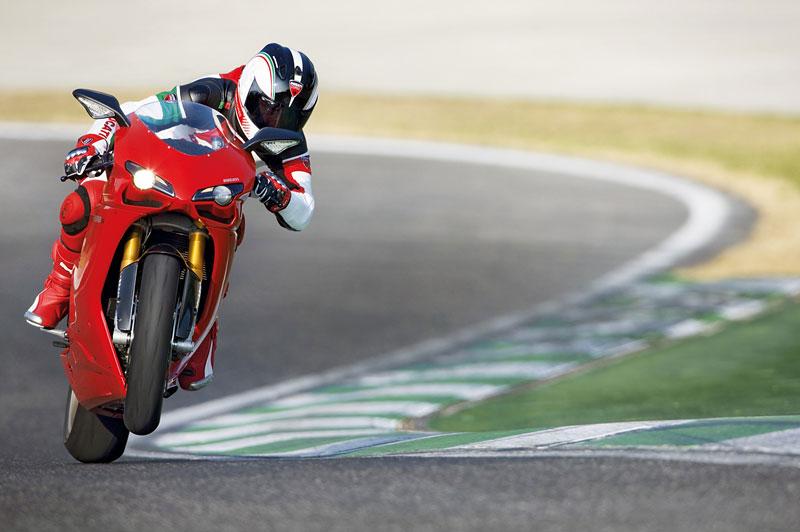 Ducati: slevová akce a doprodej předváděcích motocyklů: - fotka 2