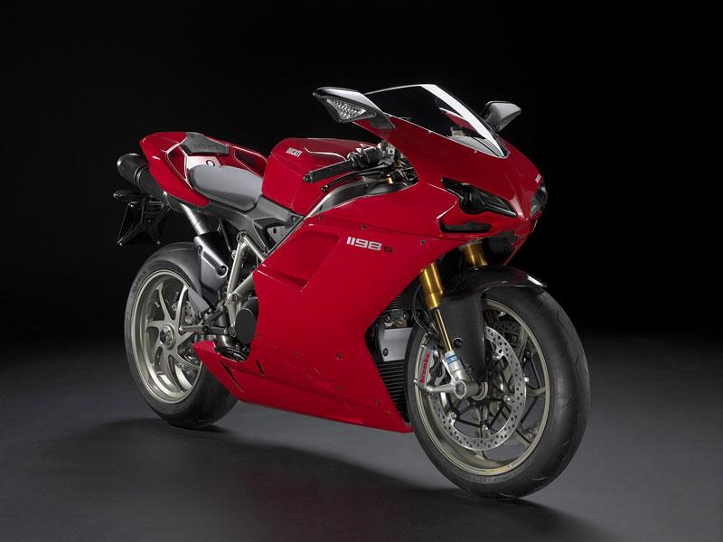 Ducati: slevová akce a doprodej předváděcích motocyklů: - fotka 3