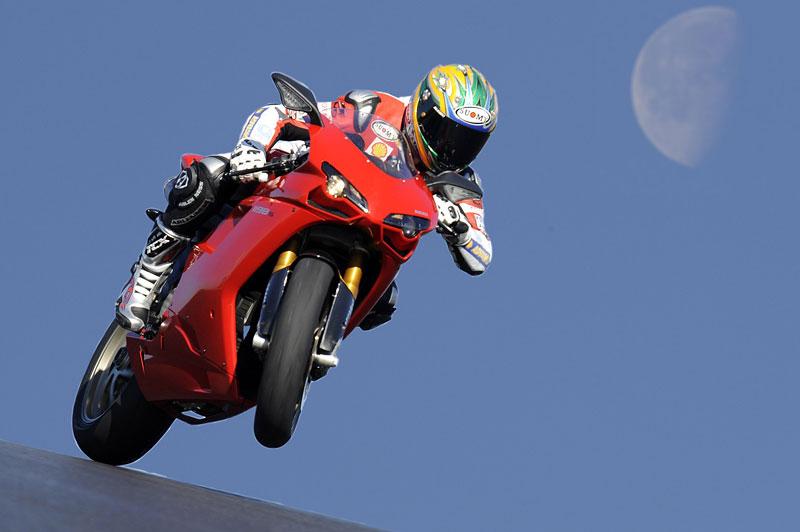 Ducati: slevová akce a doprodej předváděcích motocyklů: - fotka 6