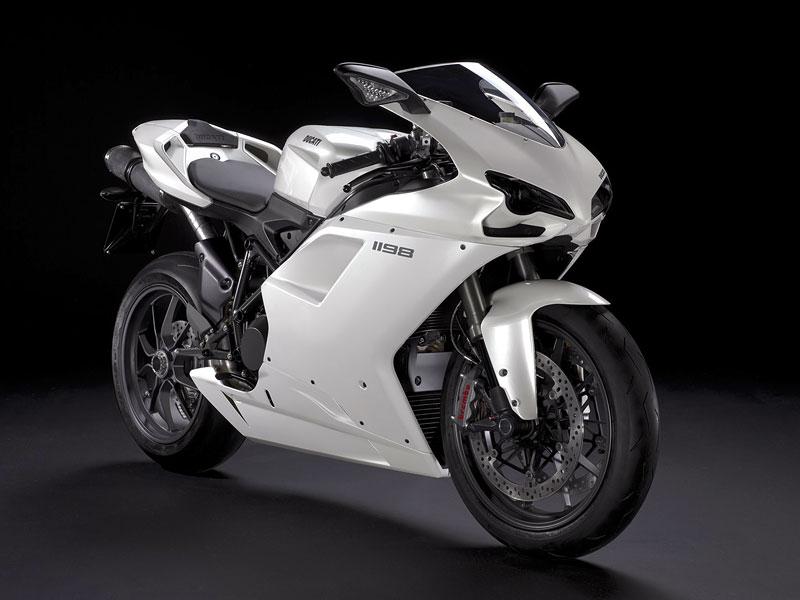 Ducati: slevová akce a doprodej předváděcích motocyklů: - fotka 10