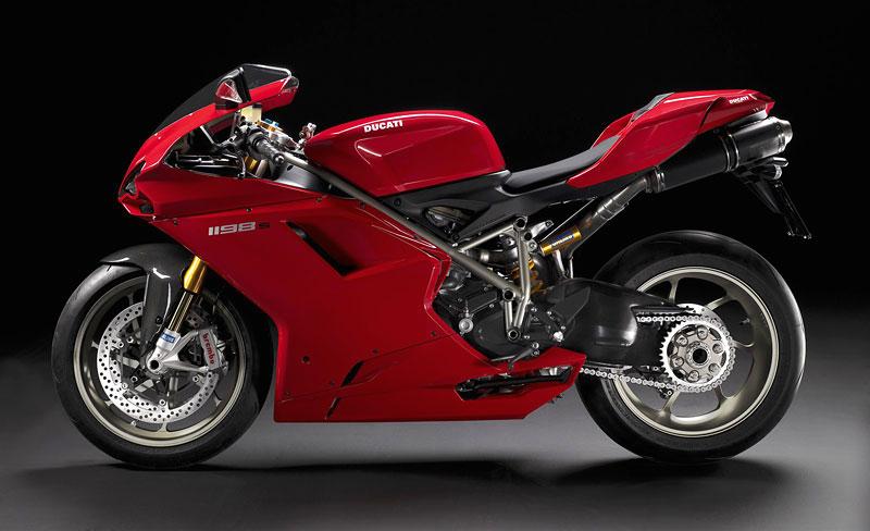 Ducati: slevová akce a doprodej předváděcích motocyklů: - fotka 11