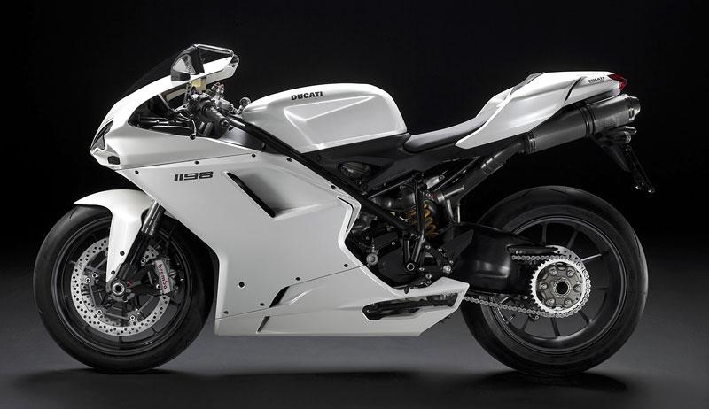 Ducati: slevová akce a doprodej předváděcích motocyklů: - fotka 13