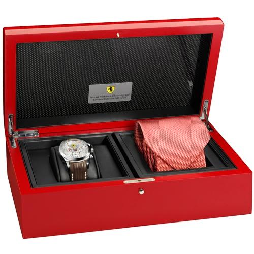 Ferrari Paddock Chronograph: hodinky z Maranella (skoro) za hubičku: - fotka 1
