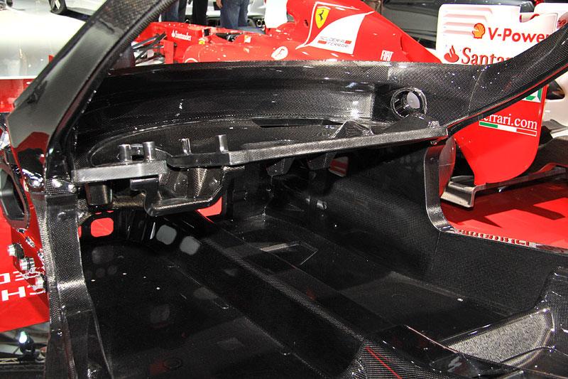 Ferrari F70: podrobnosti k hybridnímu pohonnému systému: - fotka 12