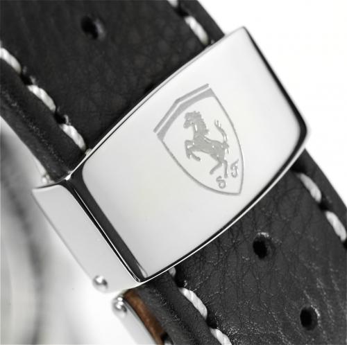 Ferrari Paddock Chronograph: hodinky z Maranella (skoro) za hubičku: - fotka 10