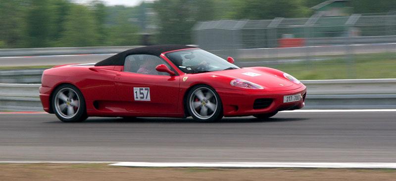 Klub sportovních aut pokřtil asfalt Automotodromu Brno: - fotka 11