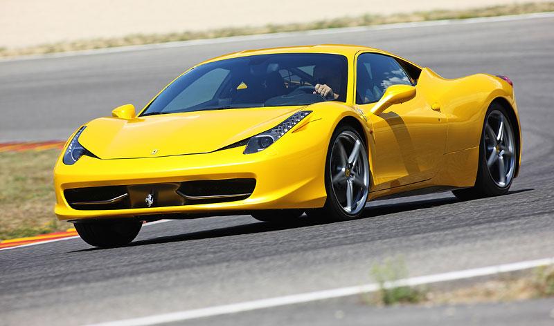 Frankfurt 2009 živě: Ferrari 458 Italia – první dojmy: - fotka 33