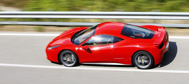 Frankfurt 2009 živě: Ferrari 458 Italia – první dojmy: - fotka 37