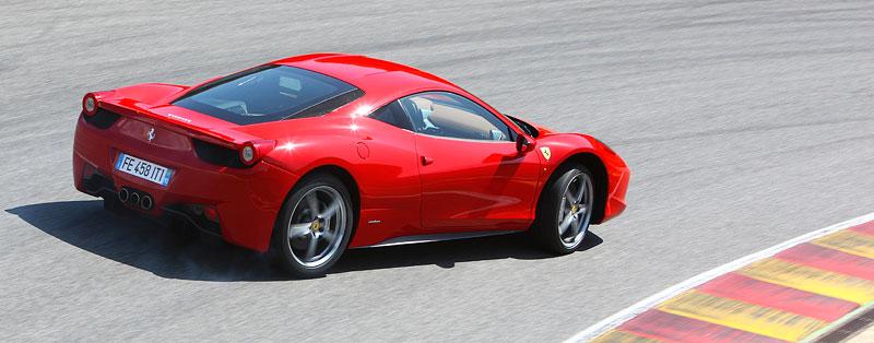 Frankfurt 2009 živě: Ferrari 458 Italia – první dojmy: - fotka 40