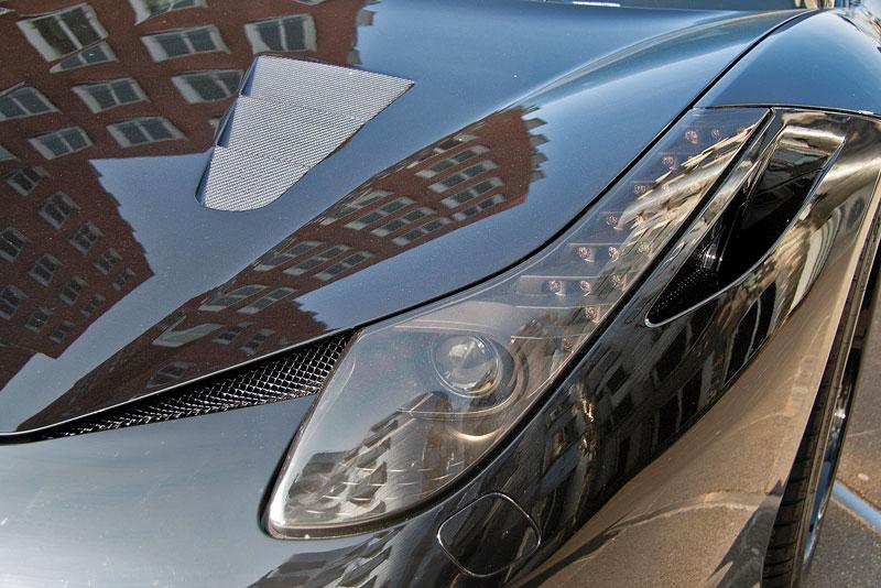 Ferrari 458 Black Carbon Edition od Anderson Germany: Temný rytíř: - fotka 11