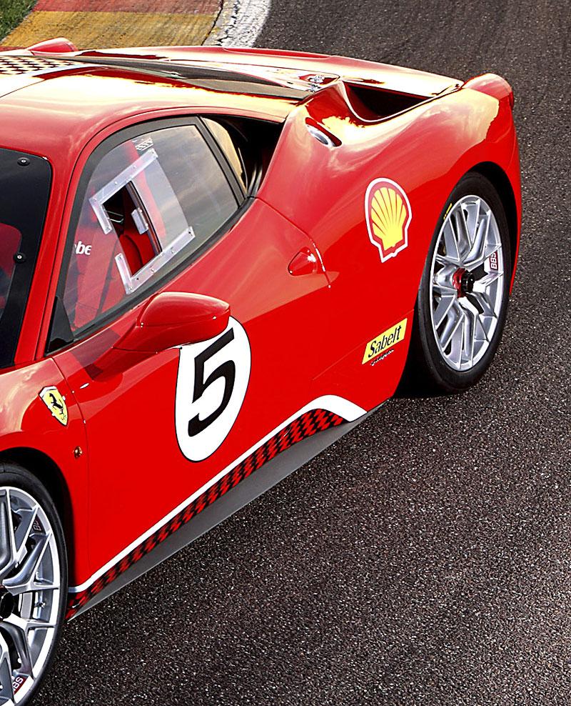 Ferrari 458 Challenge: nový stroj pro značkový pohár: - fotka 5