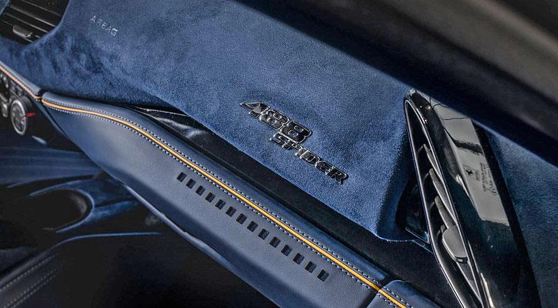 Ferrari 488 Spider by Carlex Design je rapsodie v modrém: - fotka 16