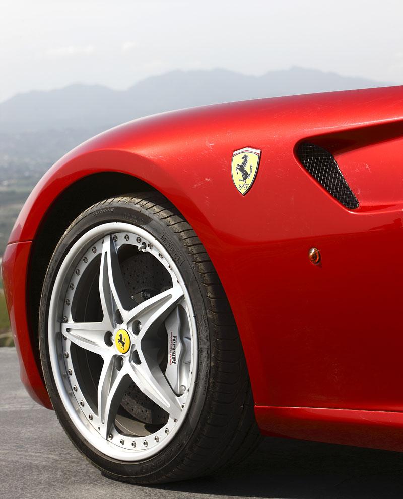 Paket HGTE pro Ferrari 599 GTB přichází do prodeje: - fotka 37