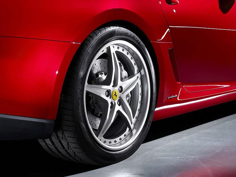 Autosalon Ženeva: Ferrari 599 GTB Fiorano HGTE: - fotka 15