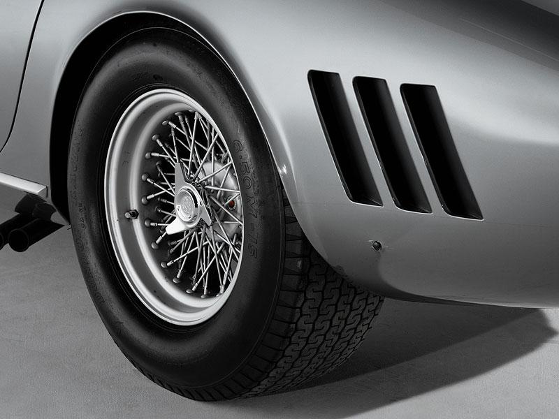 Ferrari 275 GTB/C Speciale by Scaglietti se chystá do aukce: - fotka 17