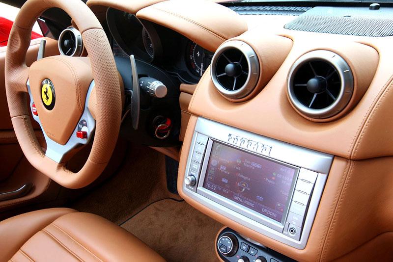 Ferrari California už zná svou cenu: - fotka 5