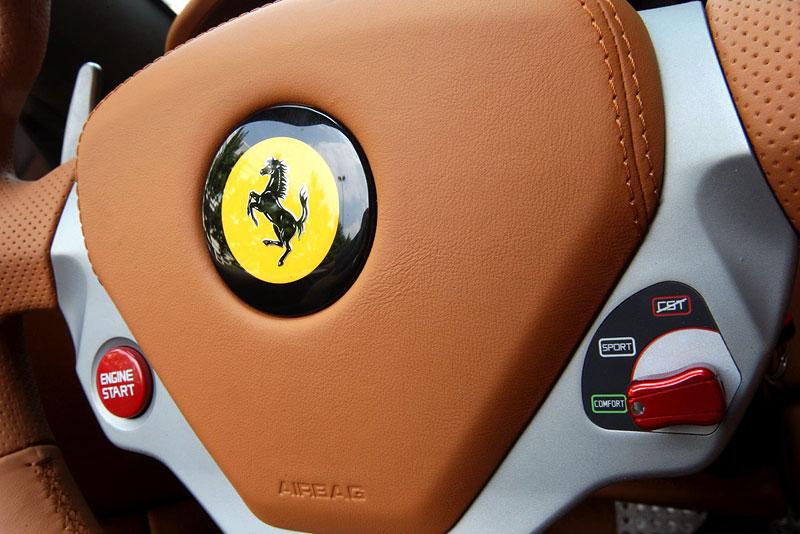Ferrari California už zná svou cenu: - fotka 12