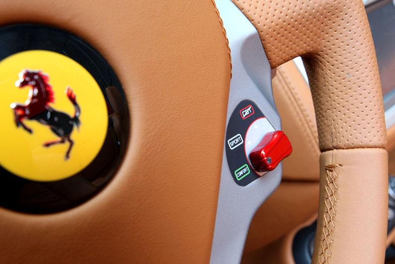 Ferrari California už zná svou cenu: - fotka 13