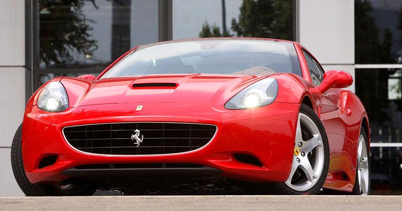 Ferrari California už zná svou cenu: - fotka 19