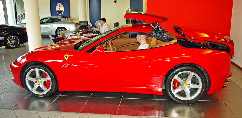 Ferrari California k vidění v Praze!: - fotka 20