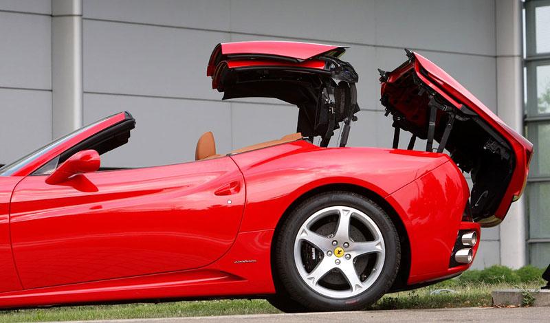 Ferrari California už zná svou cenu: - fotka 34