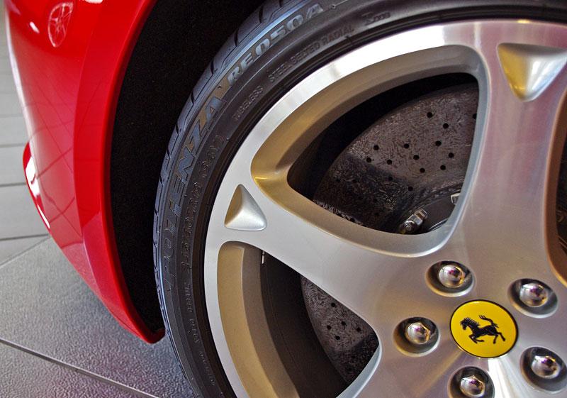 Ferrari California k vidění v Praze!: - fotka 37