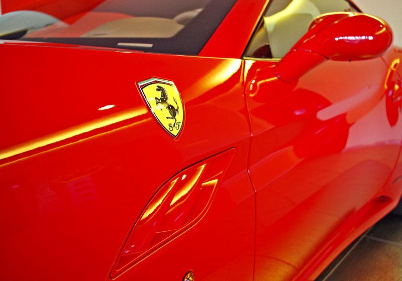 Ferrari California k vidění v Praze!: - fotka 38