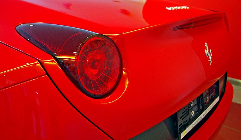 Ferrari California k vidění v Praze!: - fotka 40