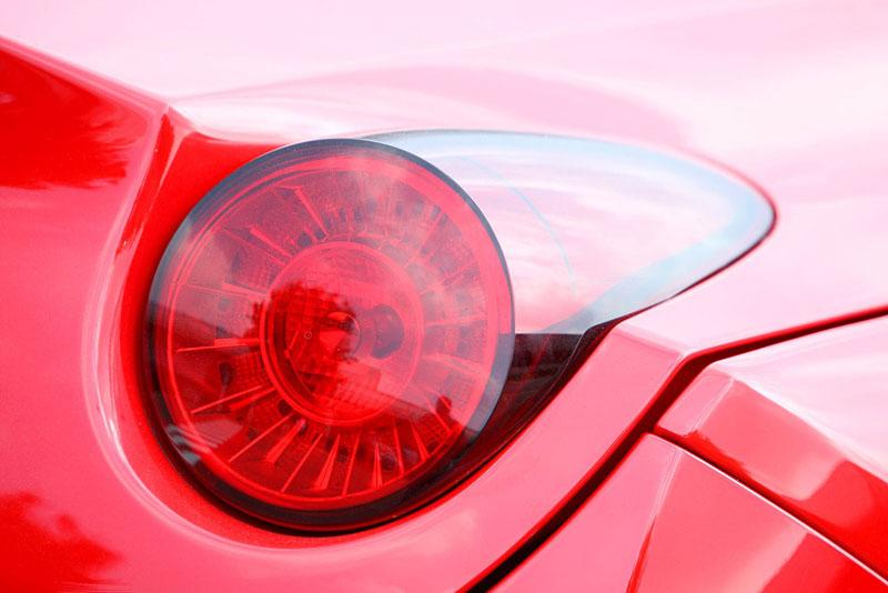 Ferrari California už zná svou cenu: - fotka 42