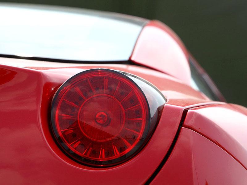 Ferrari California už zná svou cenu: - fotka 43