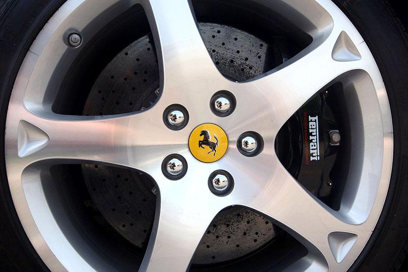 Ferrari California už zná svou cenu: - fotka 48