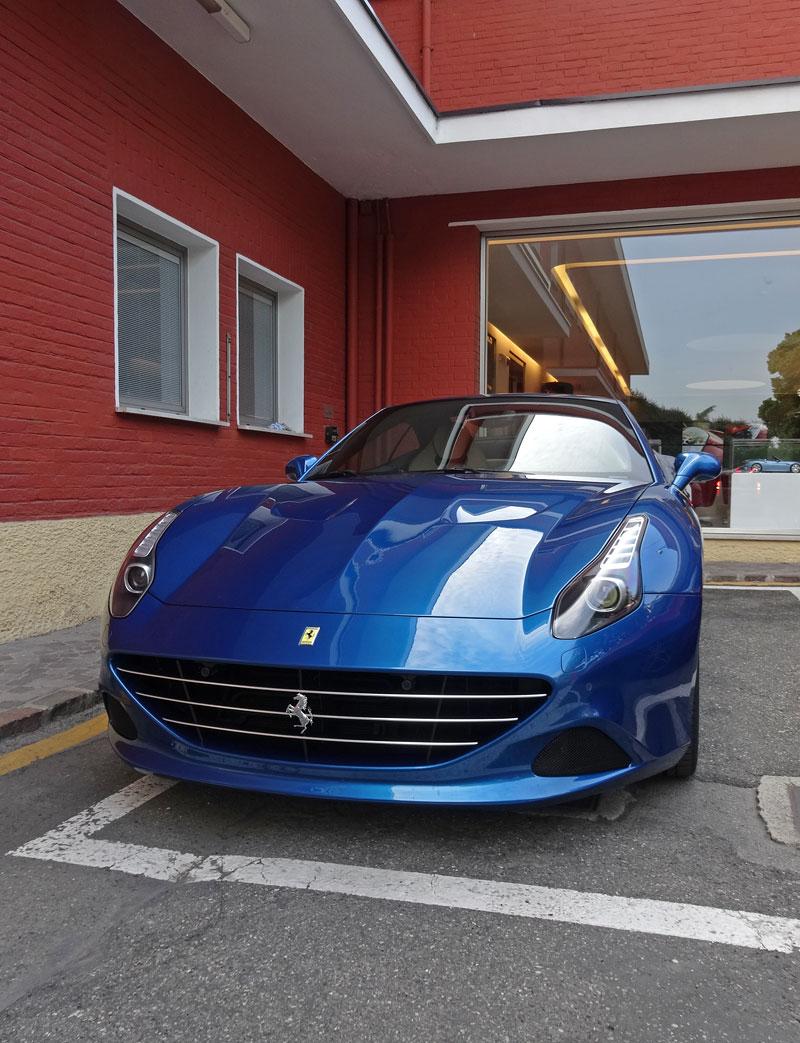 Za volantem: Ferrari California T: - fotka 4