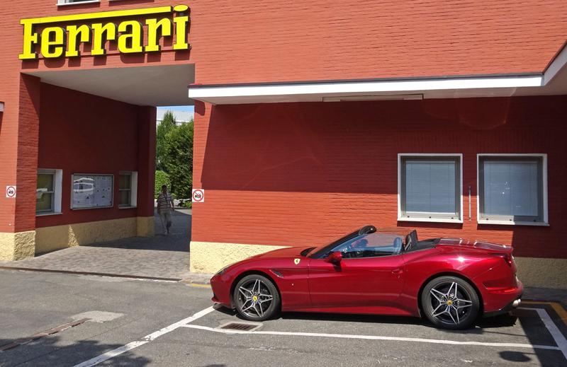 Za volantem: Ferrari California T: - fotka 18