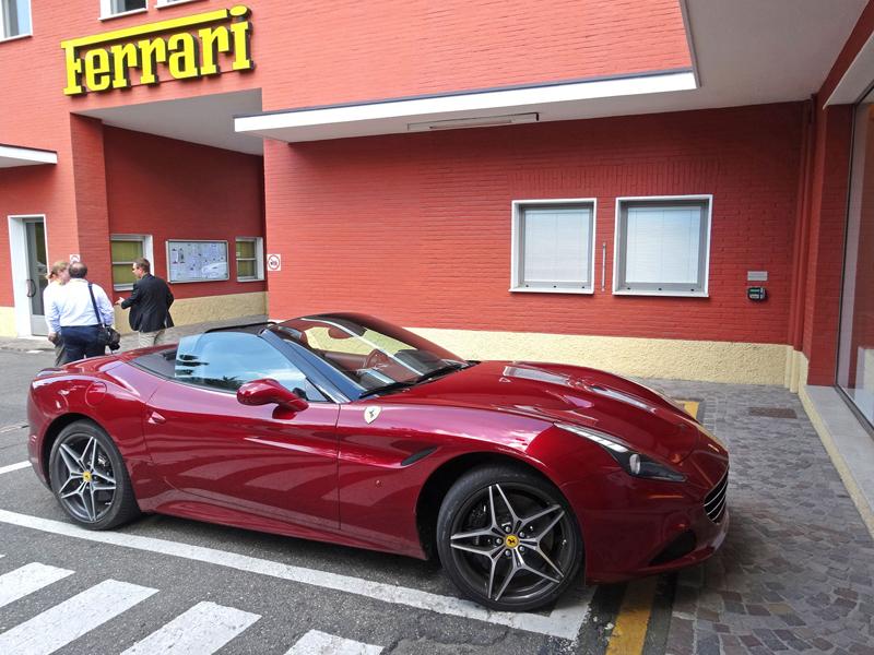 Za volantem: Ferrari California T: - fotka 19