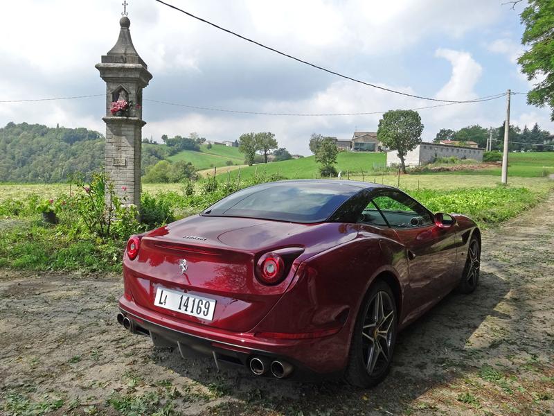 Za volantem: Ferrari California T: - fotka 23