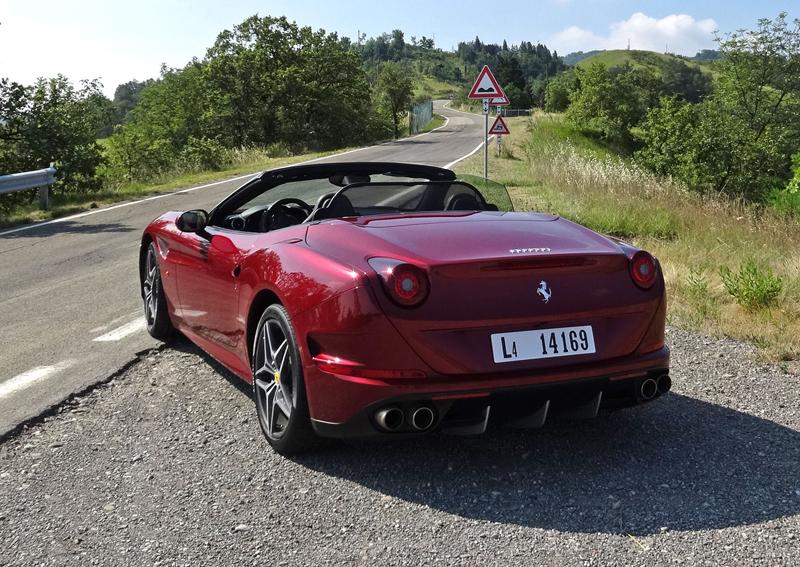 Za volantem: Ferrari California T: - fotka 24